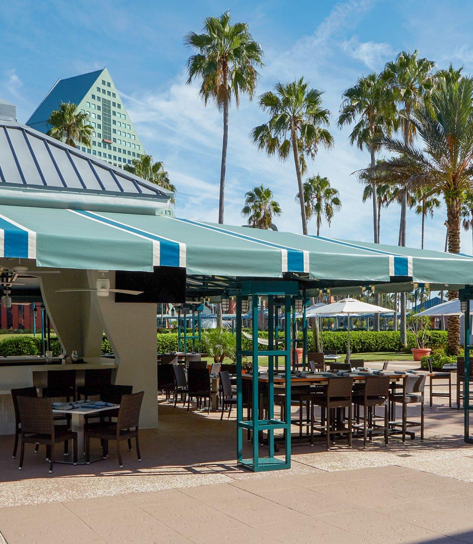 A view of the Splash Poolside Bar & Grill restaurant at the Walt Disney World Swan Resort